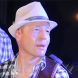 Big Pack - Willi Gutmann - Gitarre und Gesang
